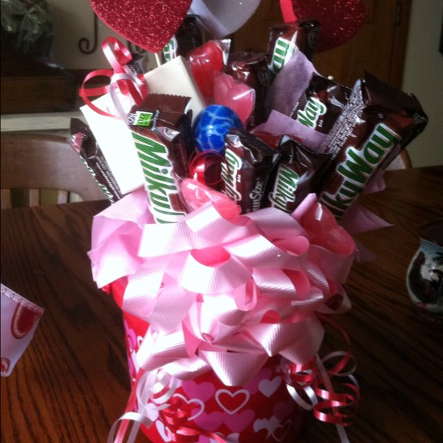 Another Diy Valentine Gift Basket So Easy To Make Christmas