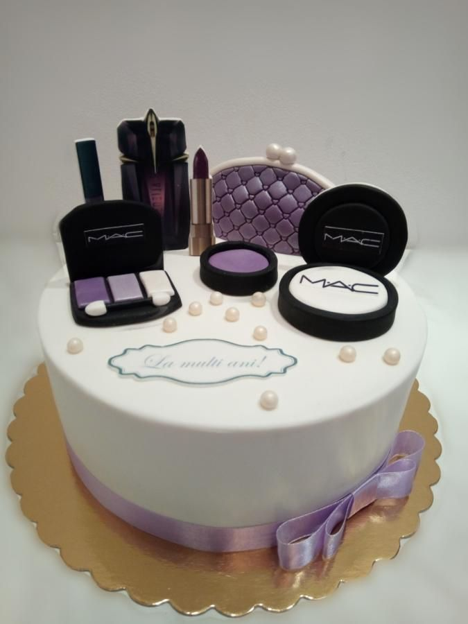 Makeup Cake By Caracarla Cakes Amp Cake Decorating Daily