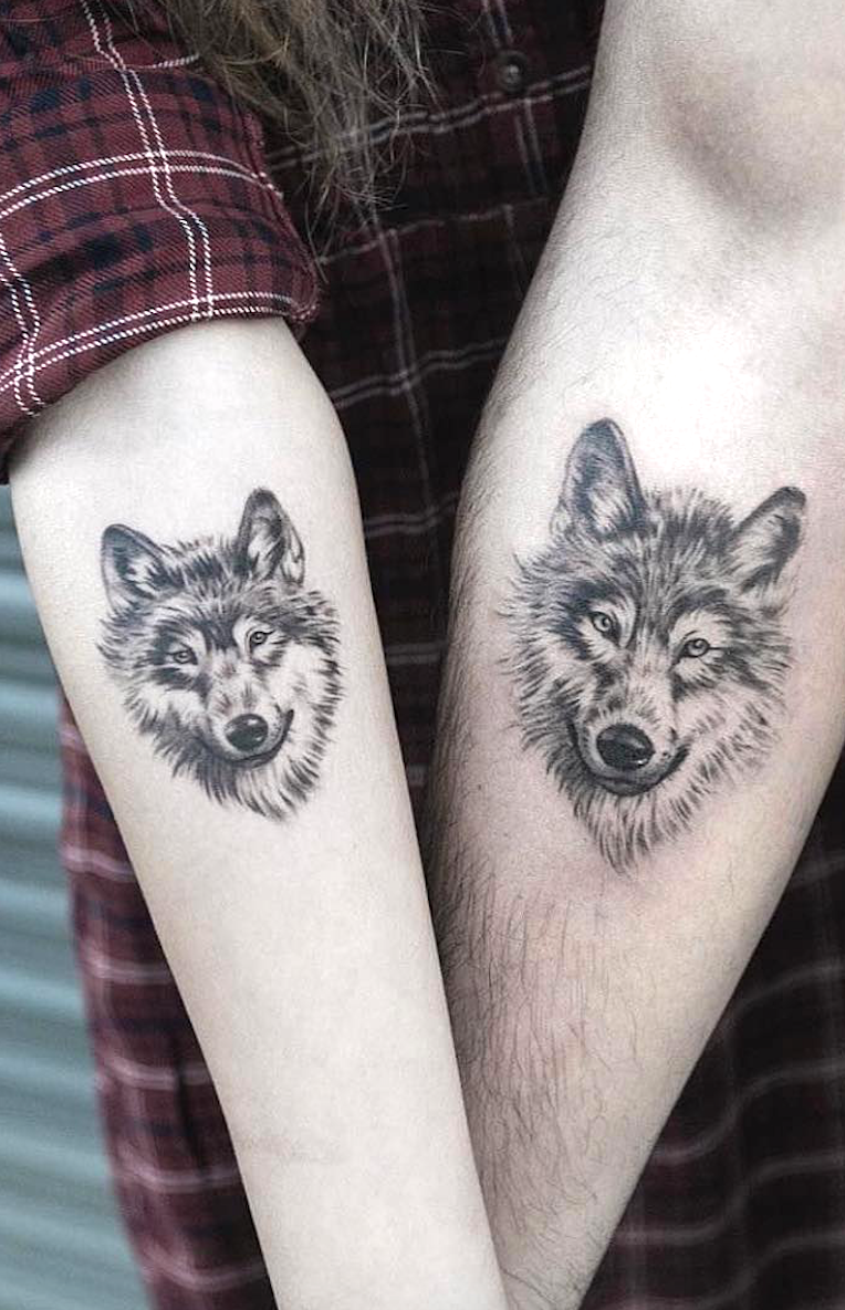 Tattoo For Couples Who Don T Need An Engagement Ring To Seal Their Love How Do You Prove Your Love To Wolf Tattoos For Women Matching Couple Tattoos Tattoos