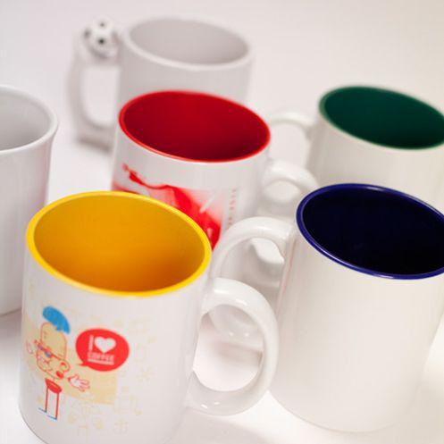 Mit unseren Fototassen gelingt der Start in den Tag. Ob für Tee, Kaffee oder Kakao, mit einer individuellen Tasse schmeckt's gleich besser. ;)