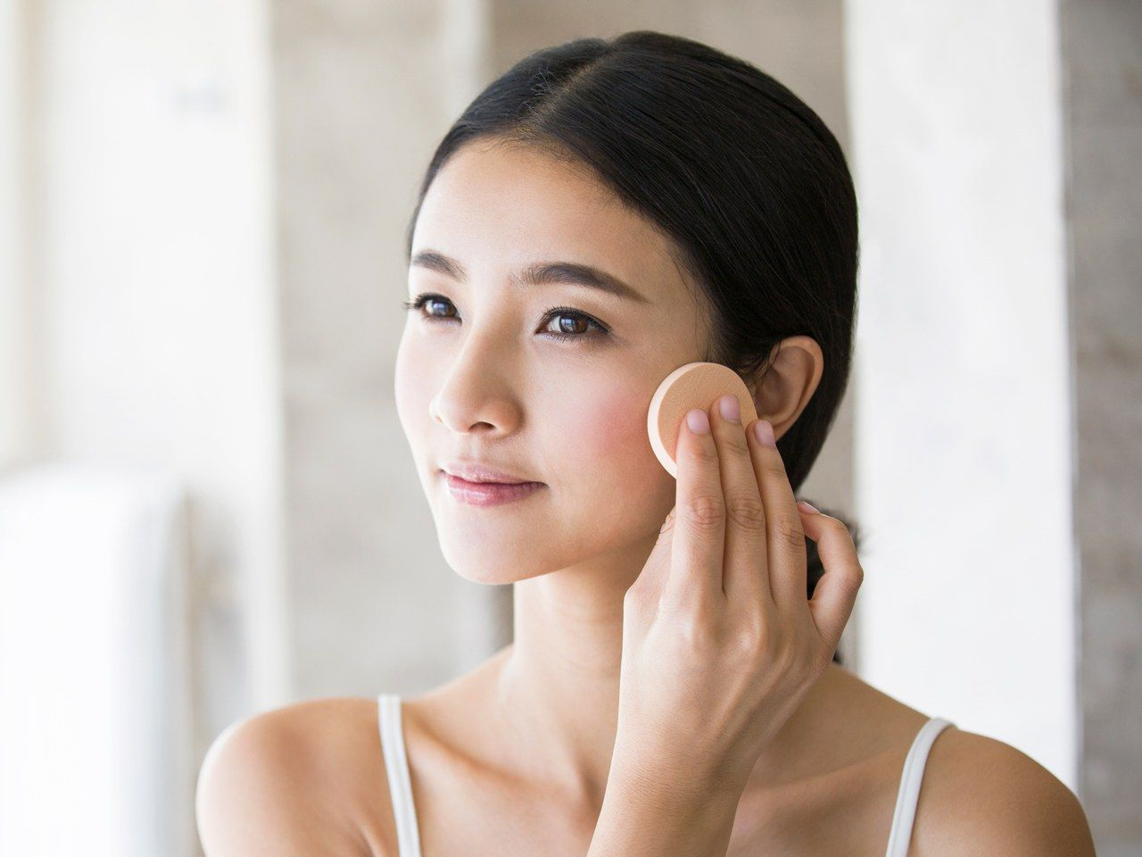 What Is Makeup Primer And How To Use It What Is Makeup Makeup Primer Makeup Skin Care