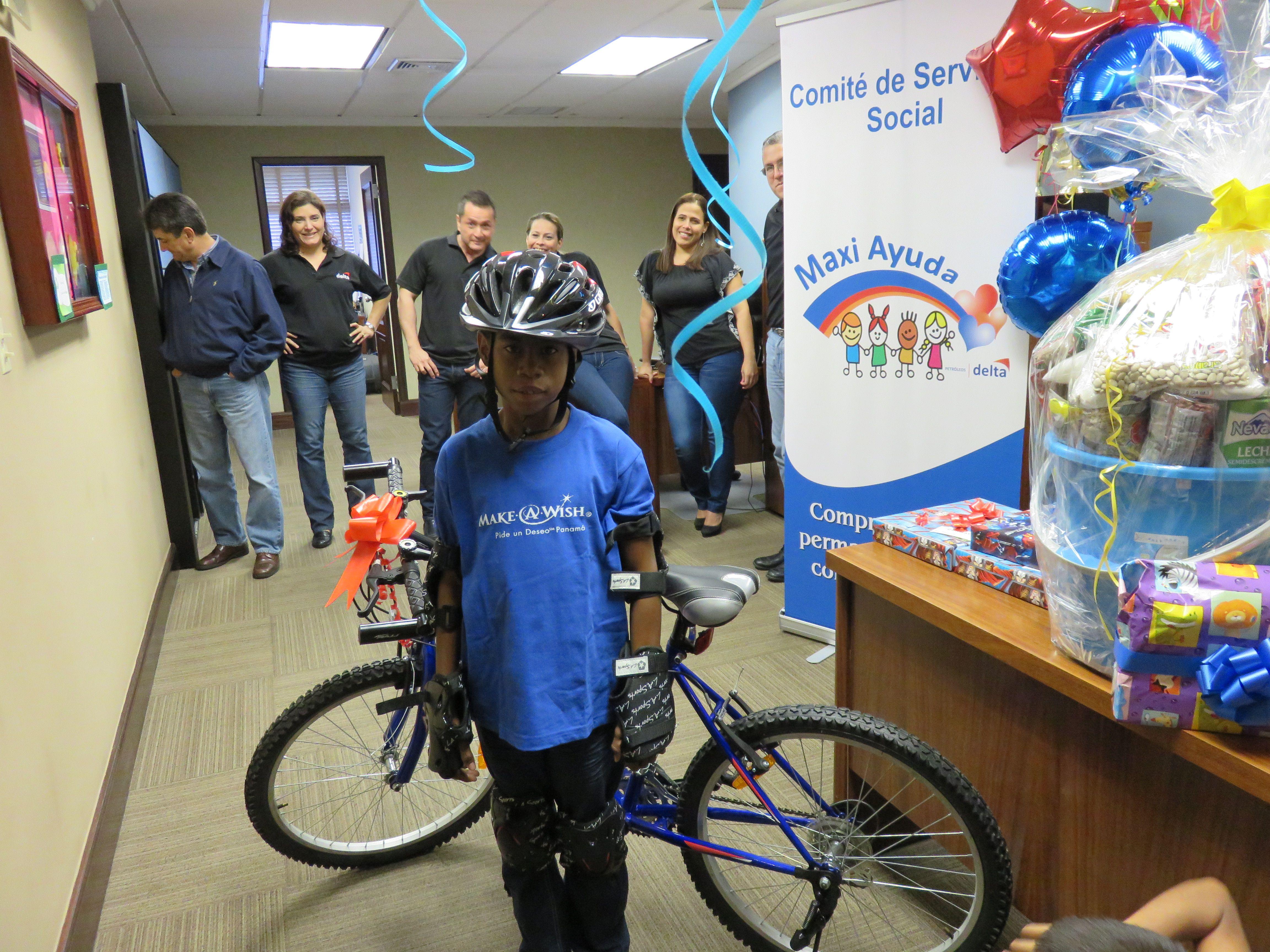Fernando, 12 años, Anemia Falciforme + ACV. Su deseo era tener una bicicleta y gracias a nuestros voluntarios corporativos de Petróleos Delta su ilusión se convirtió en una realidad. No hay mayor satisfacción que ver un Wish Kid sonreír.