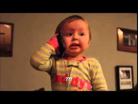 Bebe Hablando Por Telefono Con El Padre Muy Tierno Bebe Youtube Padre