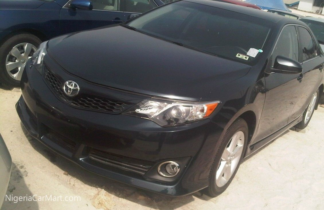 2014 Toyota Camry FULL OPTION used car for sale in Lagos
