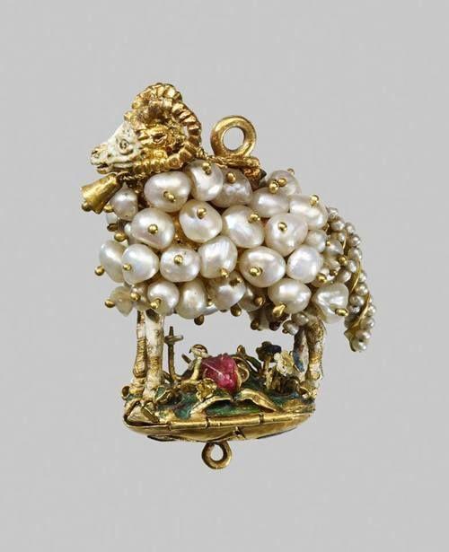 Resultado de la imagen de PINJANTES con perlas barrocas