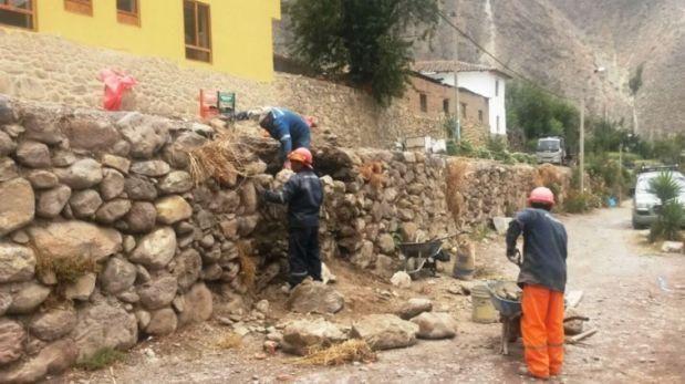 Cusco: restauran andén afectado por volquete en Ollantaytambo