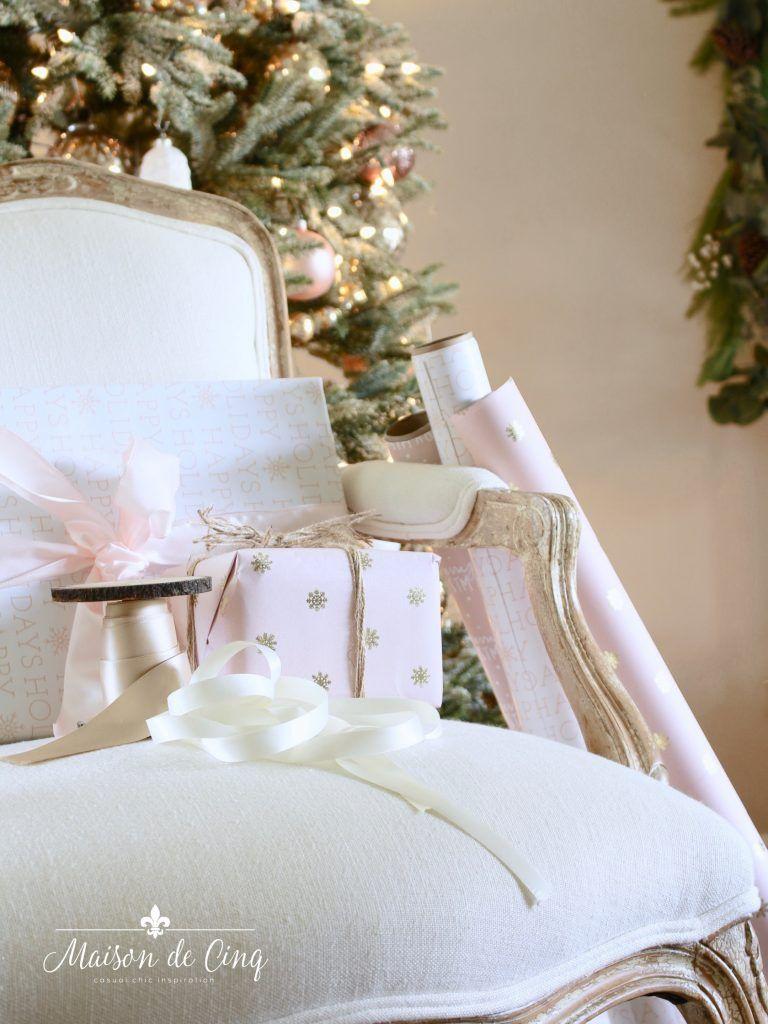 French inspired romantic christmas living room decoração de natal