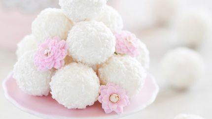 حلى كرات الثلج Recipe Sweet Desserts Arabic Sweets Food Photo