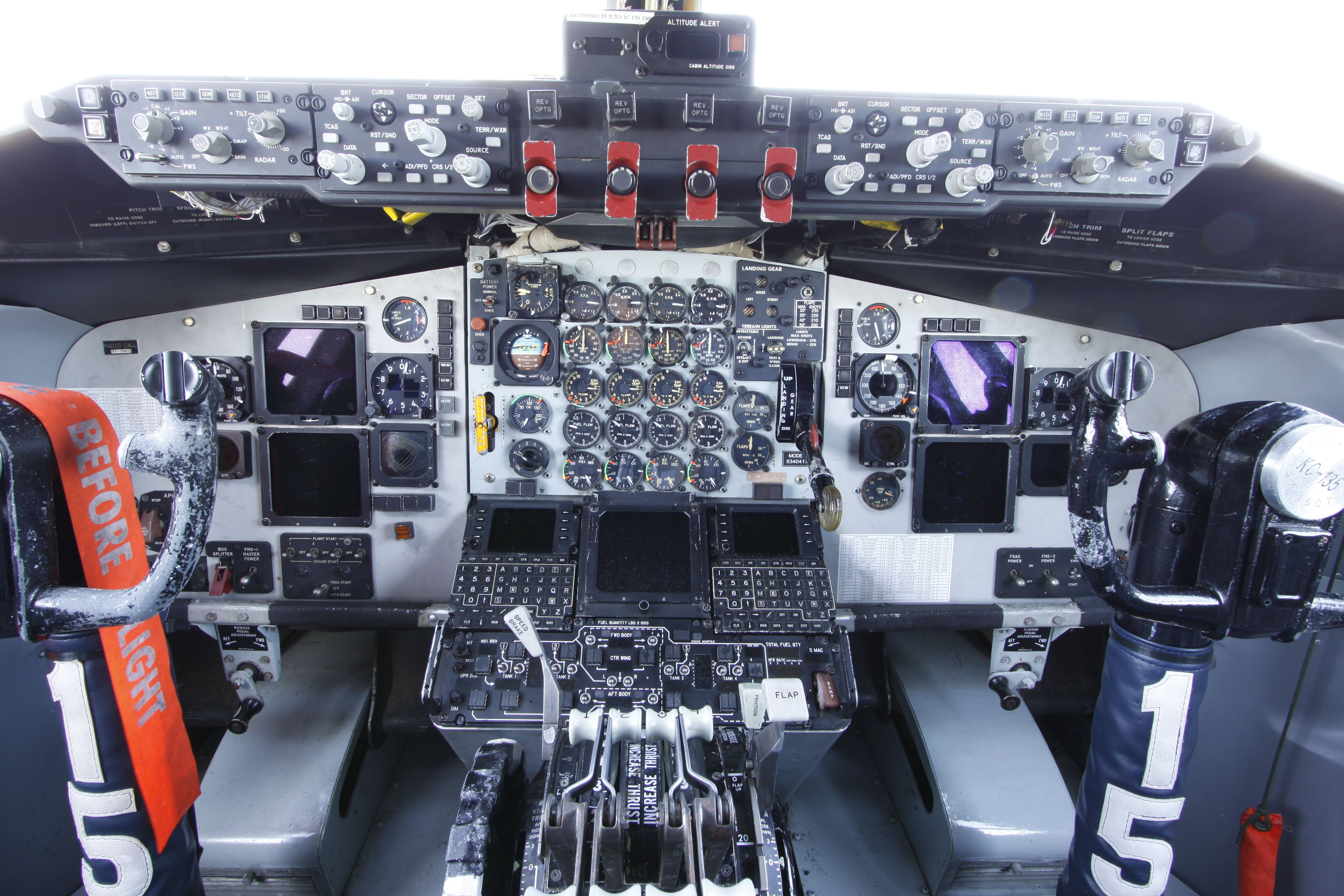 Boeing Kc 135e Stratotanker Cockpit Flight Deck United States