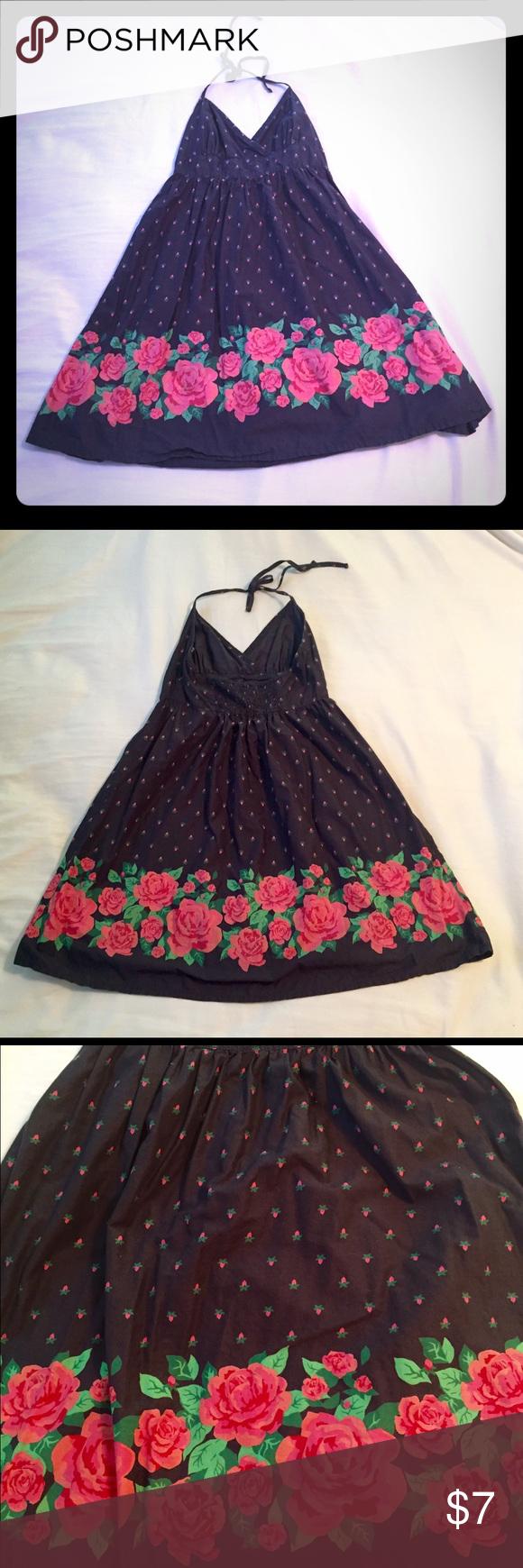 H&M Halterneck Dress - Size 4 Halterneck dress with pink floral pattern. Measures around 32 in. Lightweight and great for Summertime! H&M Dresses