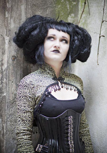 victorian goth hairstyles