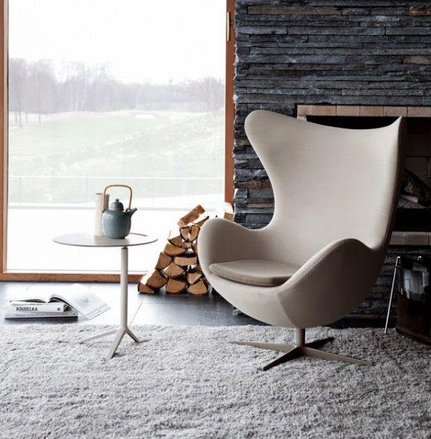 Le Fauteuil Egg Du Designer Arne Jacobsen Fauteuils Fauteuil De - Formation decorateur interieur avec fauteuil a oreille design