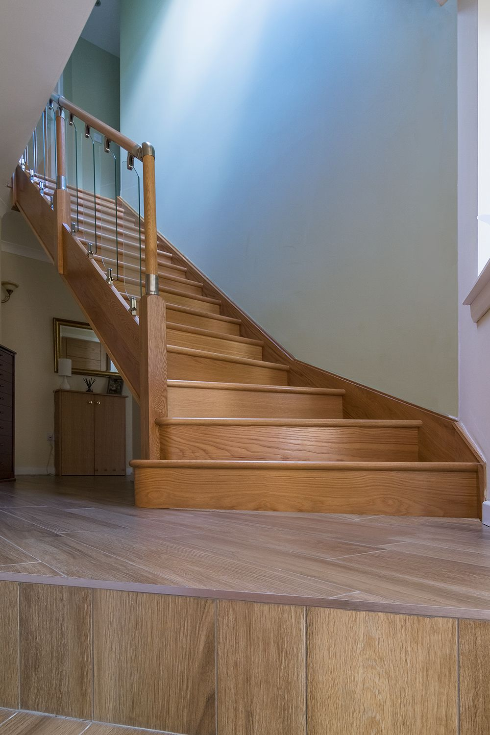 Best Solid Oak Staircase With Small Glass Panelling Bottom 400 x 300