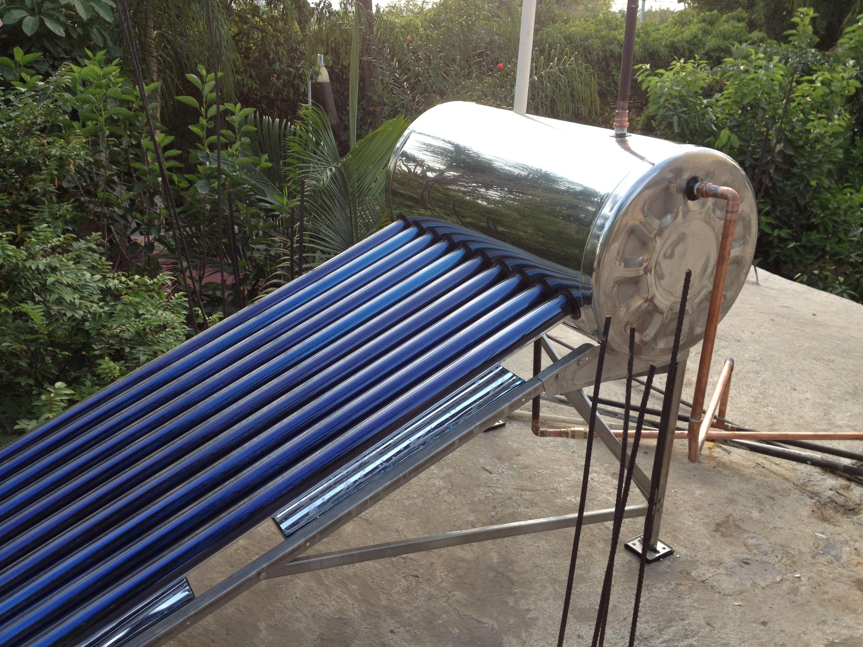 Instalaci n de calentador solar madio ambiente pinterest for Calentador solar piscina casero