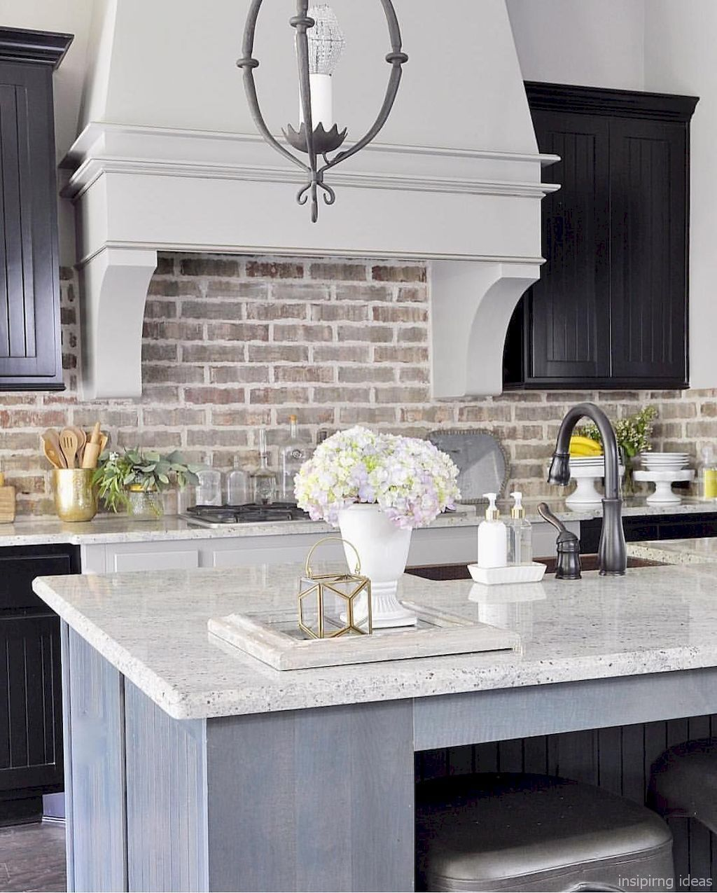 Beautiful Modern Farmhouse Kitchen Backsplash Ideas 05 ...