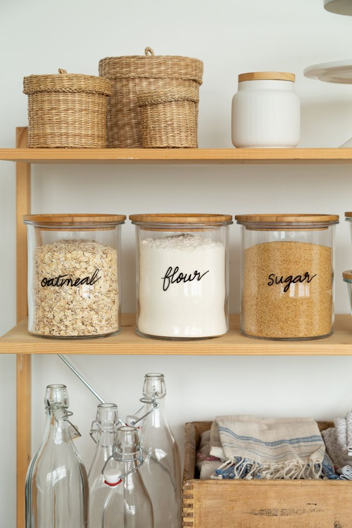 DIY Hand Lettered Glass Jar Labels - Alice and Lois