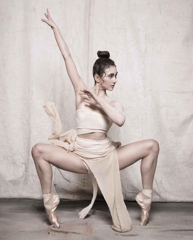 98 Me Gusta 5 Comentarios Georgia Louise Hay Creative Glh Creative En Instagram Shoot Yesterday With Bellaballerin In 2020 Dance Photography Louise Hay Ballet