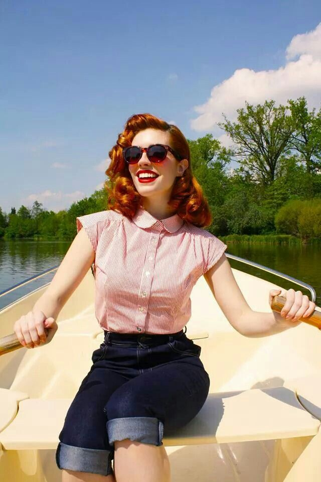 Love The Row Boat Idea Could Use The One At The Cabin Modern Vintage Fashion Rockabilly Fashion Outfits Vintage Outfits