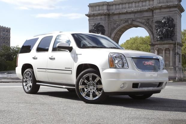Gmc S Aging Yukon Line Of Suvs Combines Truck Like Capability And