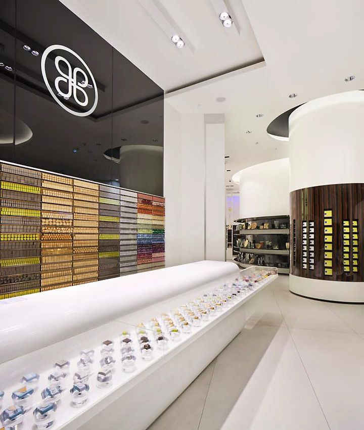 Light Shop Dubai Mall: Patchi Store By Lautrefabrique Architectes, Dubai