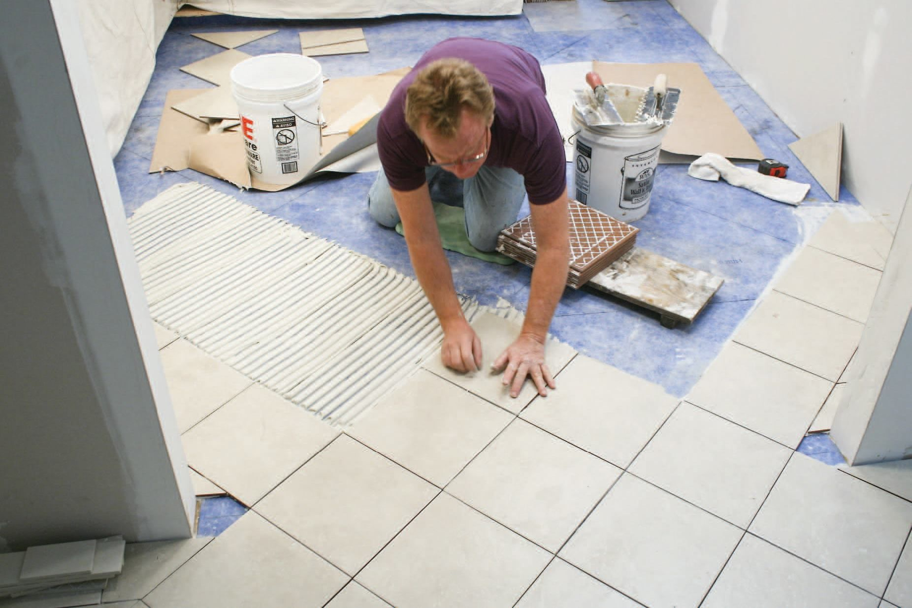 How To Lay Tile On Plywood Subfloor Paperbag Flooring In 2018