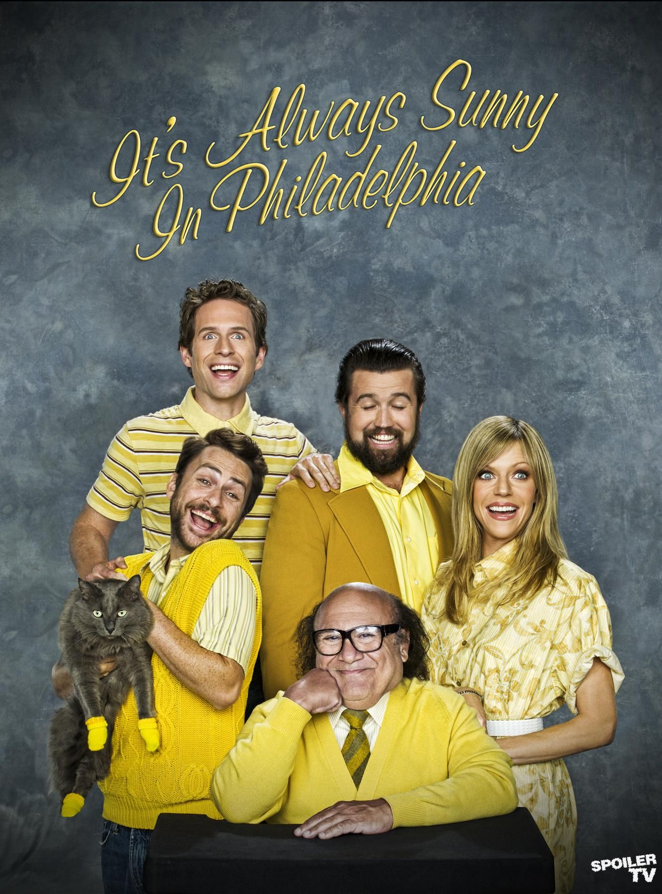 Pin By Kelsey Rogers On Kitten Mittens Awkward Family Photos Sunny In Philadelphia It S Always Sunny In Philadelphia