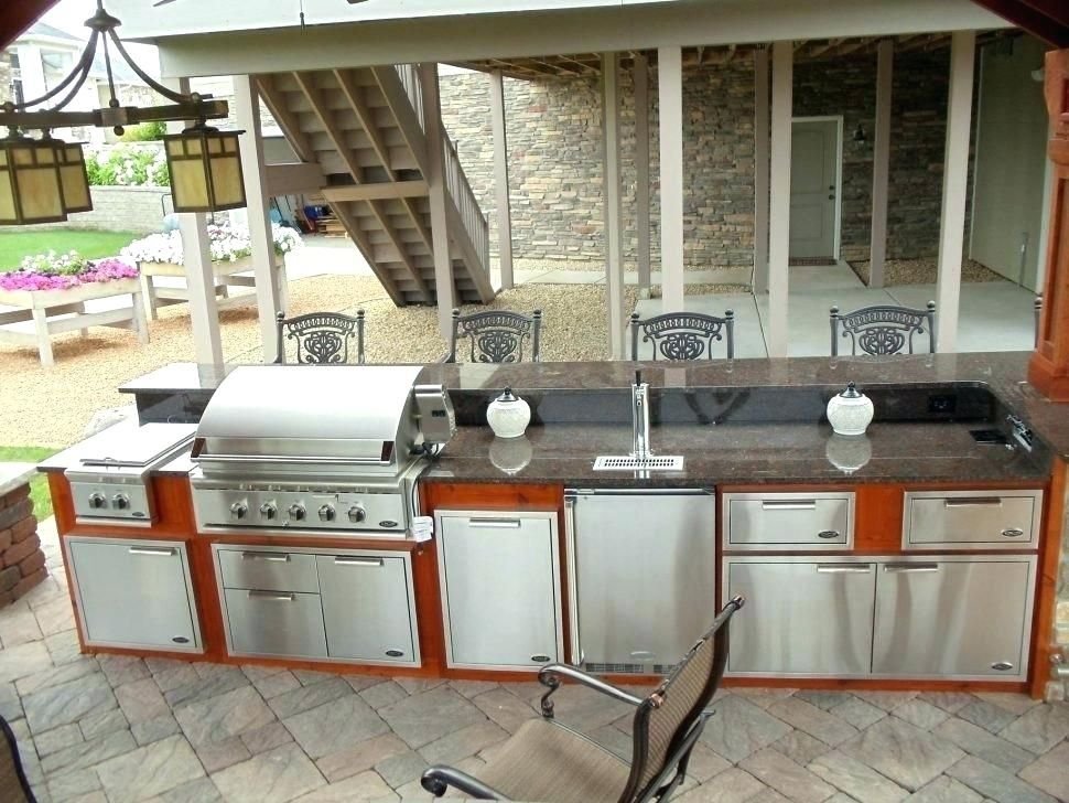 10 Outdoor Kitchen Countertop Ideas Outdoor Kitchen Countertops