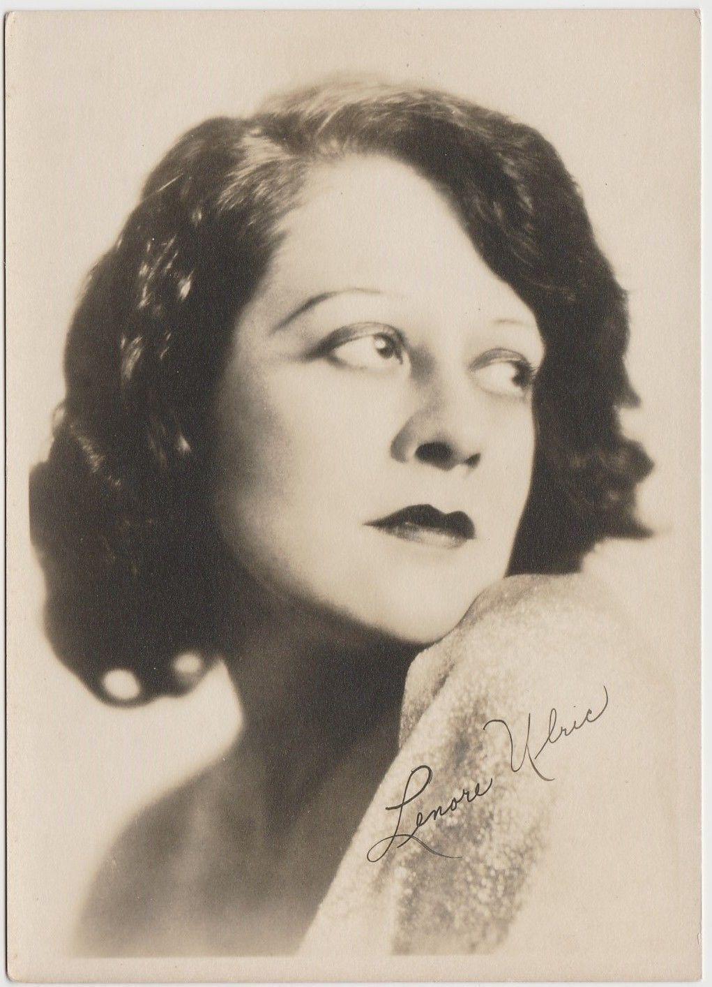 Lottie Lyell foto