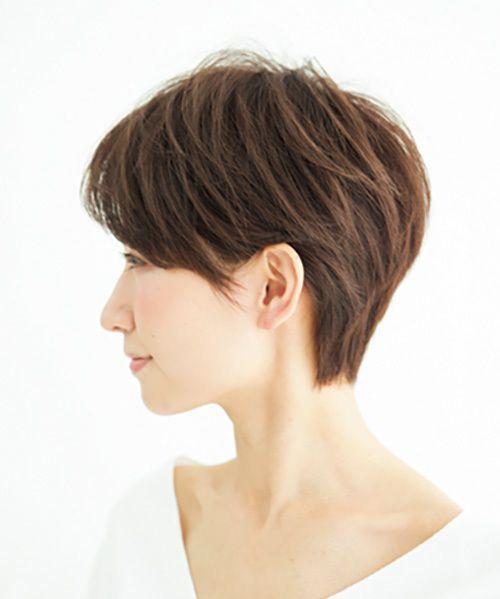 ヘルシーな色気もプラス 華やかベリーショート 40代のショートヘア ショートカット 髪型 ショートヘア 50代 髪型