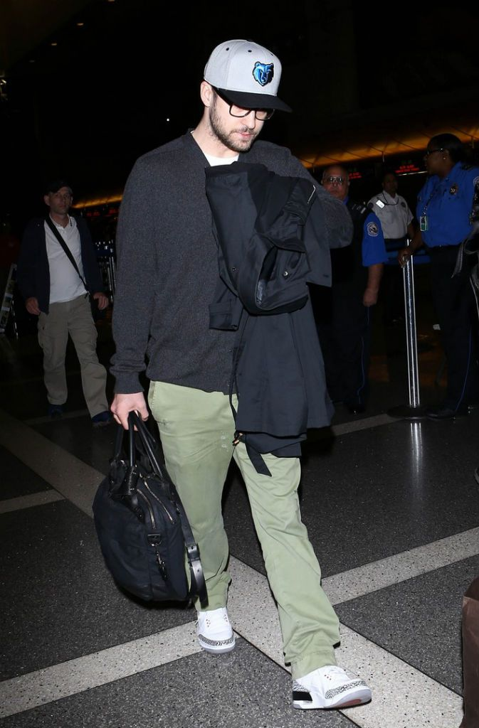 28f1c6dfc08 Justin Timberlake wearing Air Jordan III 3 Retro  88 Cement