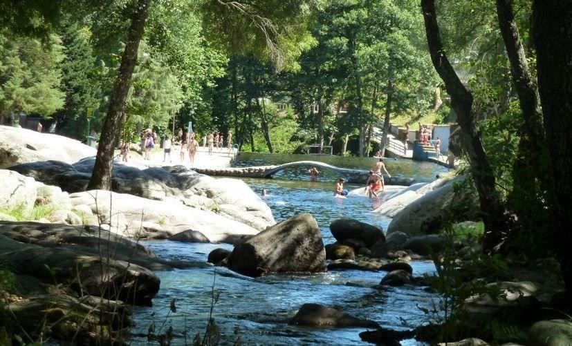 Un Listado De Las Mejores Piscinas Naturales Que Puedes Encontrar Cerca De La Comunidad De Madrid Piscinas Naturales Piscinas Bañarse En Madrid
