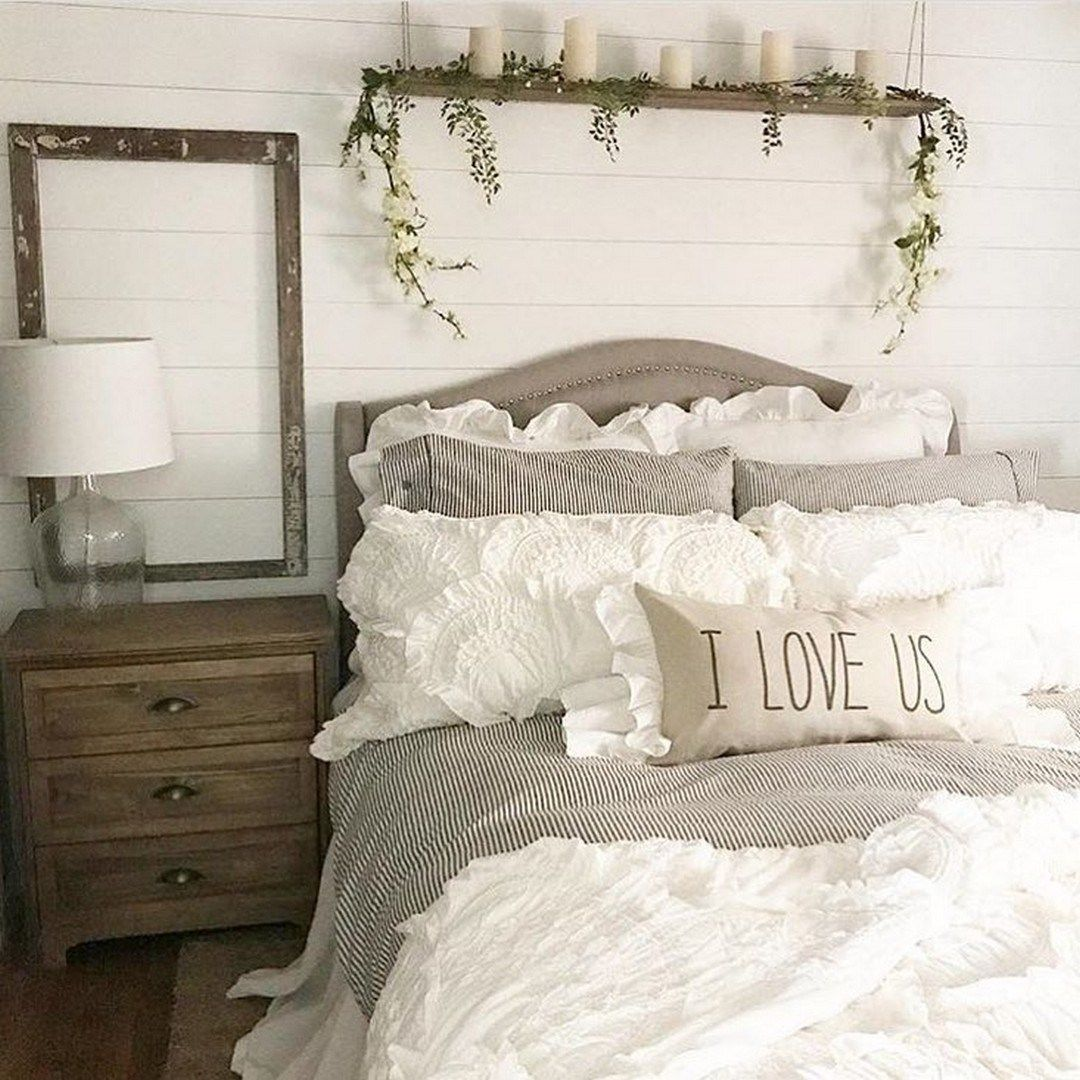 Rustic Farmhouse Bedroom Decorating Ideas To Transform Your Bedroom 27 Modern Farmhouse Style Bedroom Farmhouse Bedroom Decor Farmhouse Style Master Bedroom