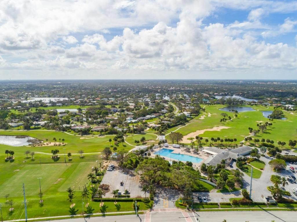 North Palm Beach Country Club Homes Are