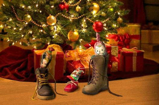 Spain Christmas Traditions.Spanish Christmas Tradition To Put The Shoes Under The Tree Or