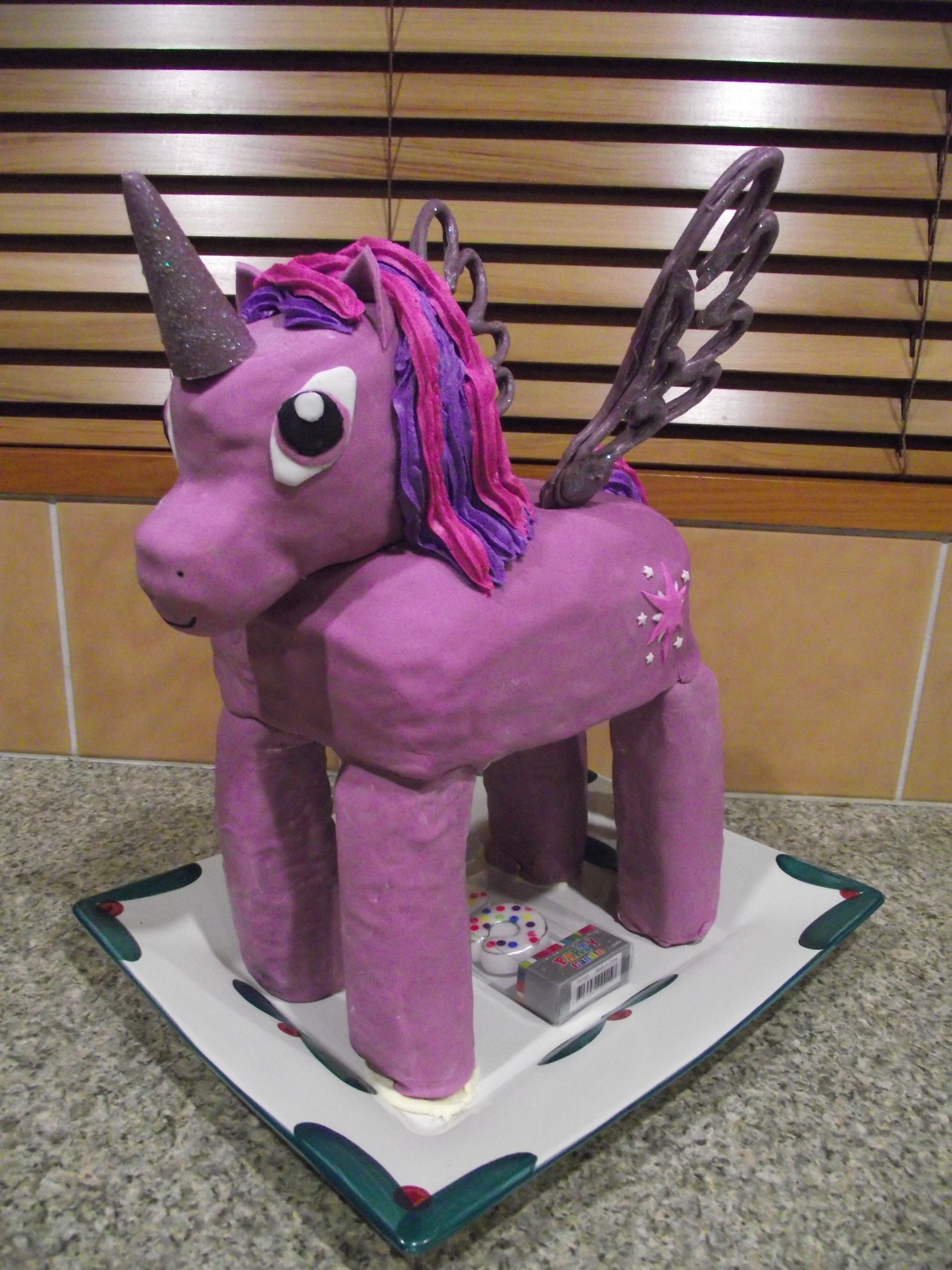 Taylors 5th birthday cake My Little Pony Twilight Sparkle with