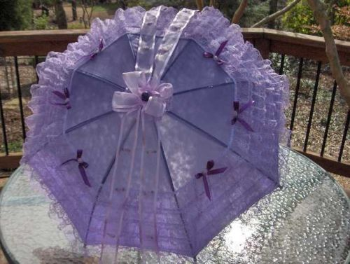 """32"""" diam. SPRING/SUMMER VICTORIAN SOUTHERN BELLE LAVENDER LACE on LILAC PARASOL"""