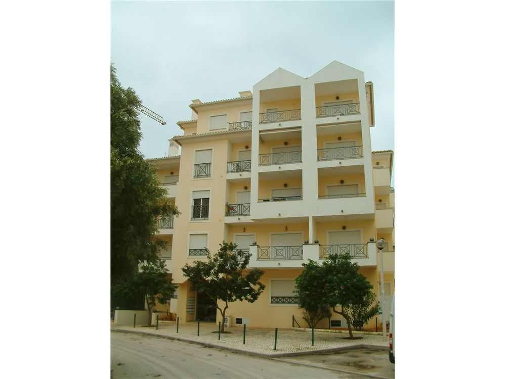 VENDIDO!! / SOLD!! Apartamento T2 na Urbanização Quinta da Torre em Armação de Pêra. 926 507 375