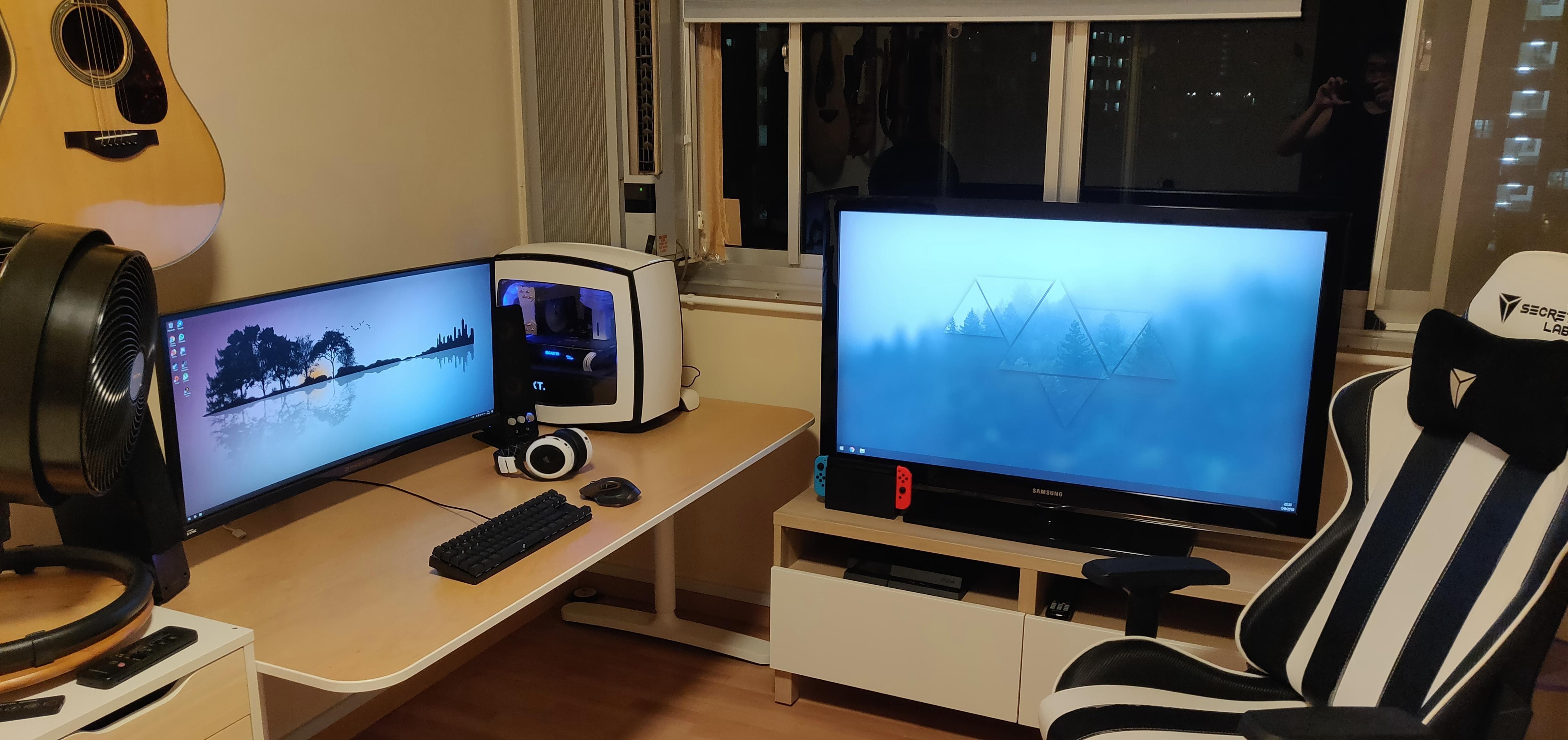Added Old Hd Tv To Battlestation Battlestation Hdtv Office Setup