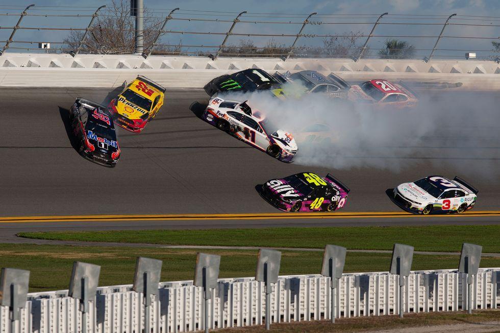How To Watch And Listen To The Daytona 500 This Weekend Daytona 500 Nascar Racing Nascar Daytona 500