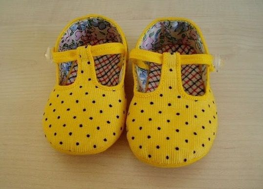 zapatitos de tela on Pinterest | Baby Shoes, Zapatos and Feltro