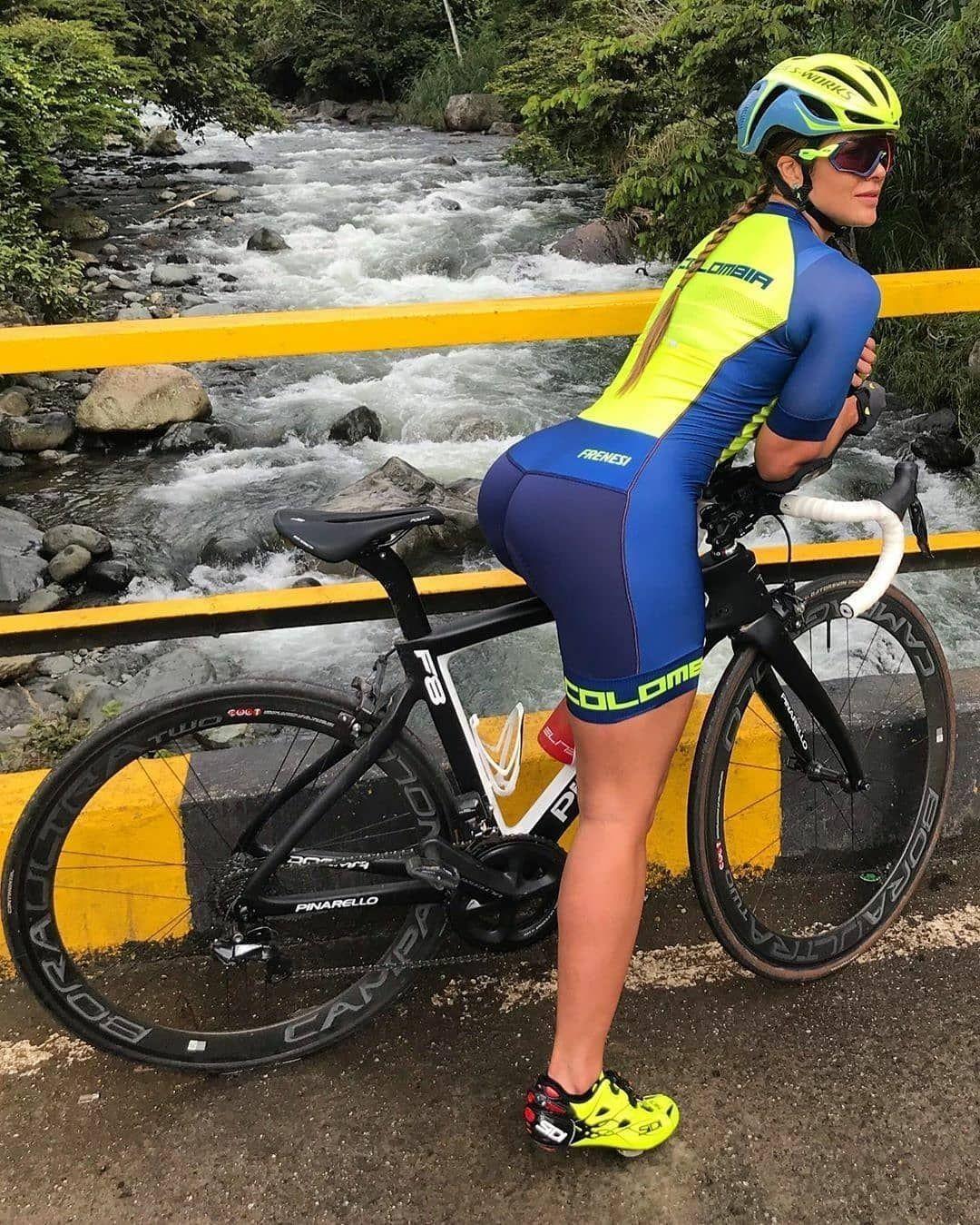 Pin By Aldarius On Cycling Girls Bicycle Women Cycling Girls