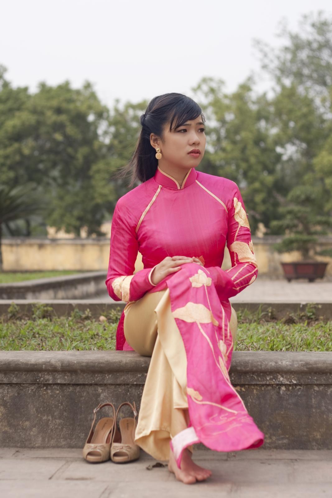 Vietnamese ao dai Traditional wedding dresses