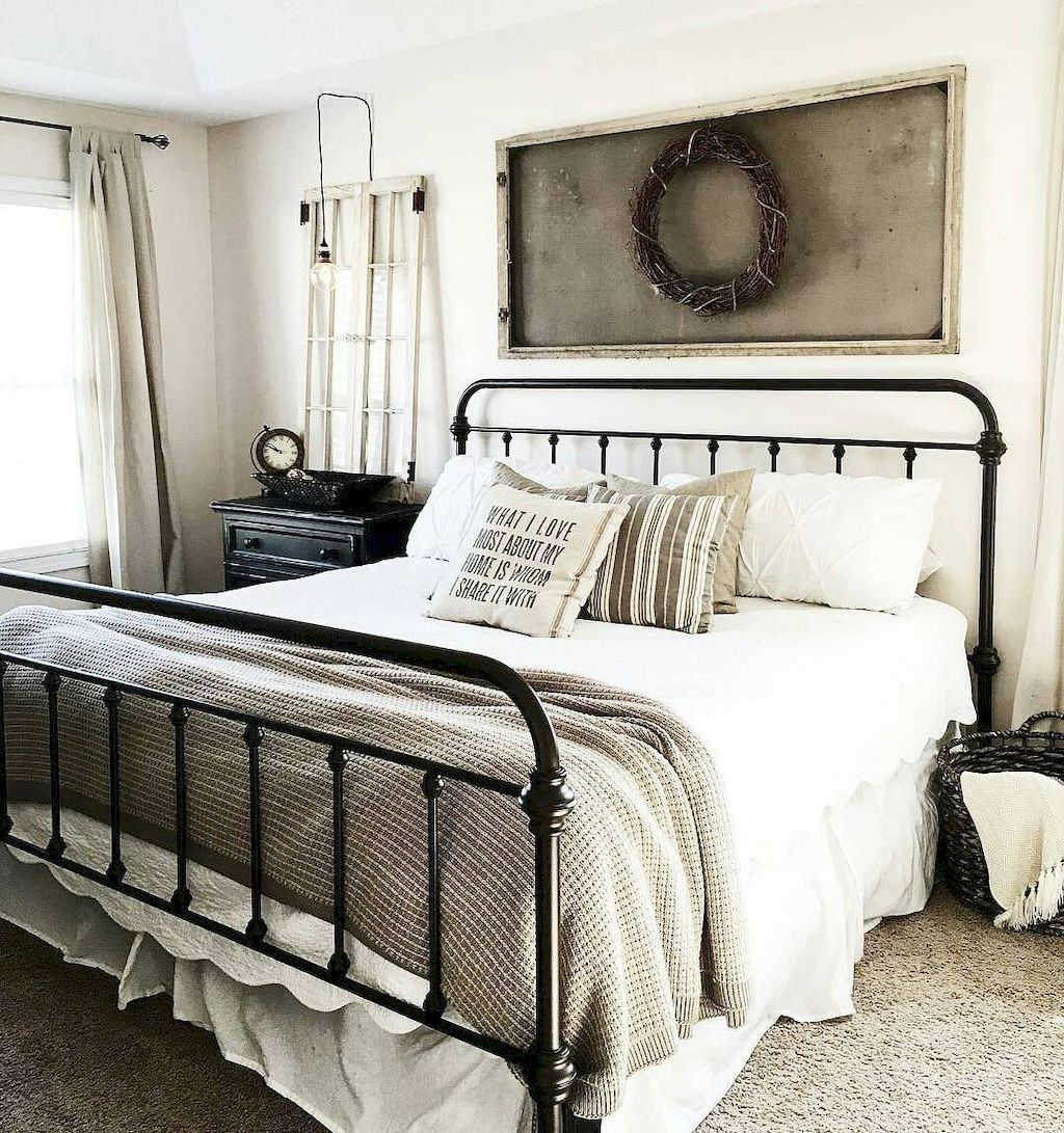 Inspiring modern farmhouse bedroom decor ideas (20