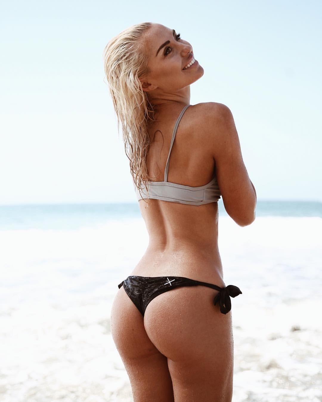 hot nice redhead tit
