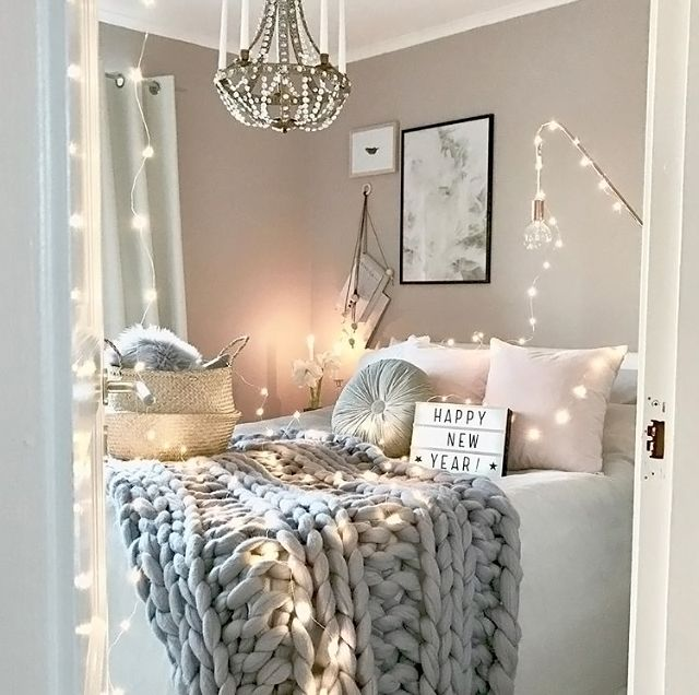 Incroyable How Pretty Is This Grey And Pink Bedroom By @mz.interior.