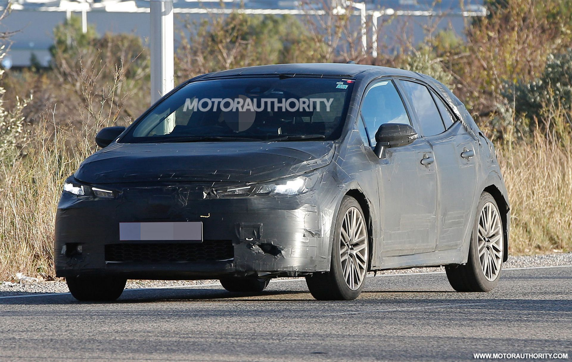 New Toyota Avensis 2019 Spy Shots   Release Car 2019