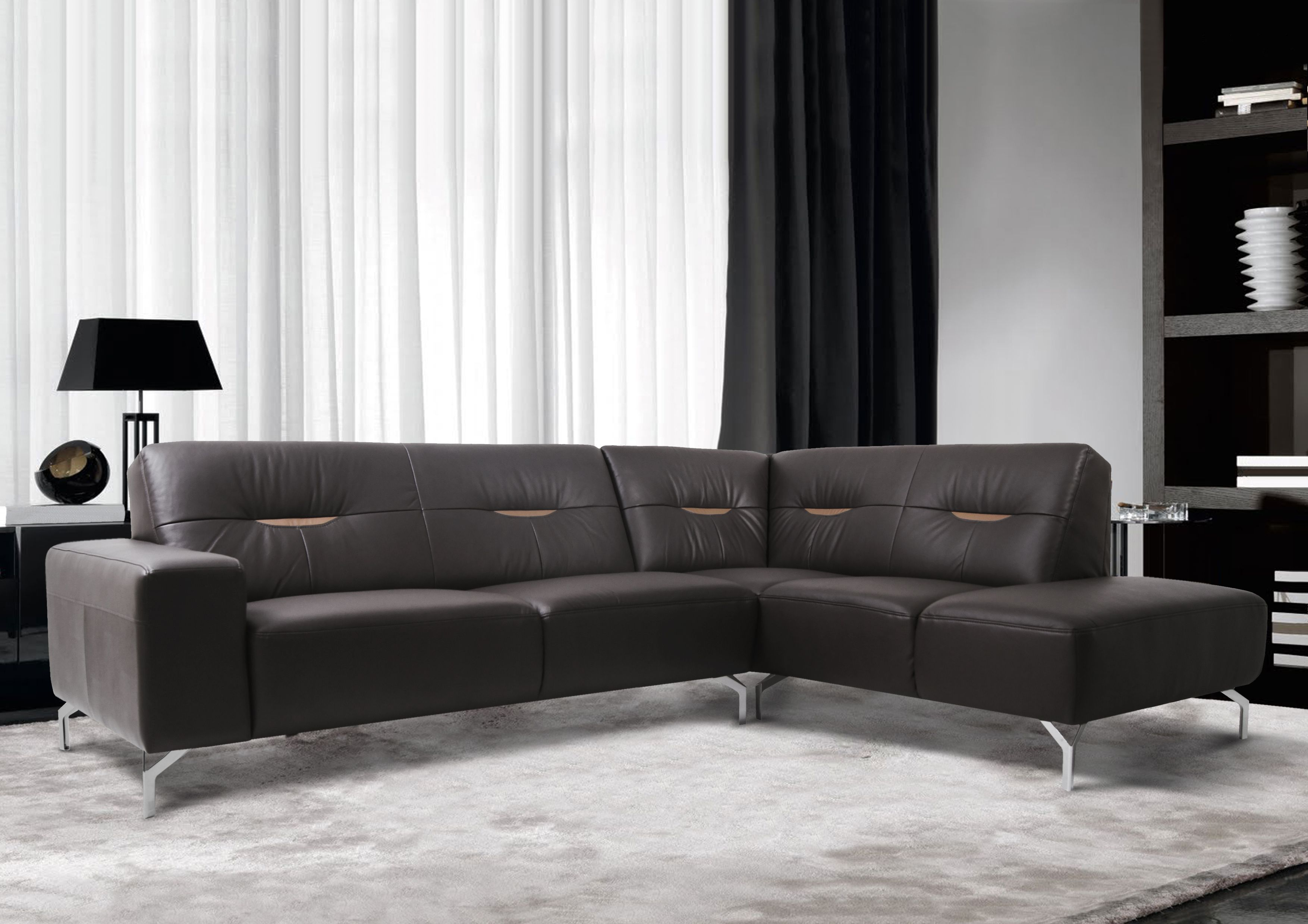 UMBRIA SOFA With its simple classic design the Umbria