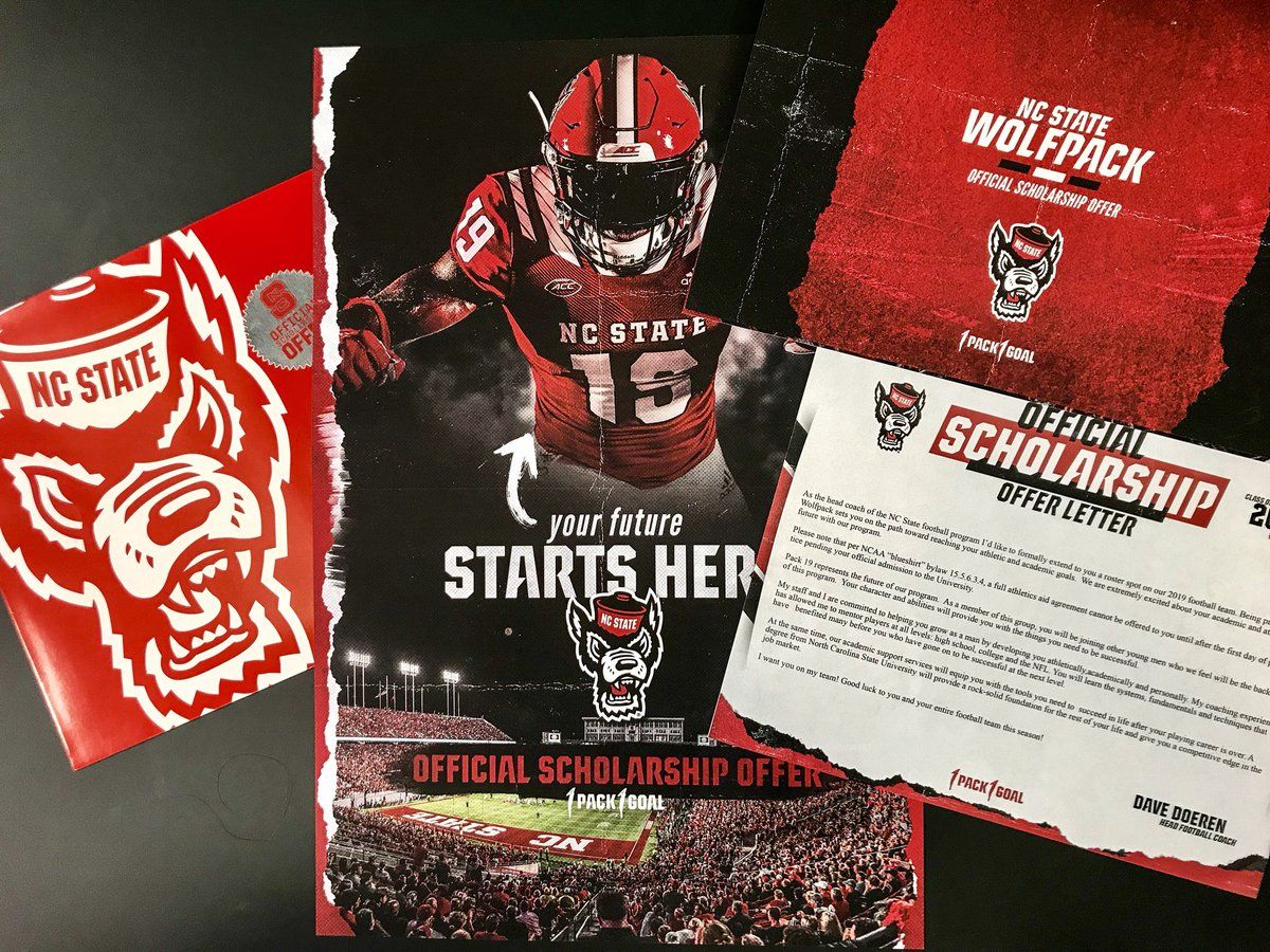 Nc State Football On Twitter Sports Graphic Design Sports Design Inspiration Sports Wallpapers