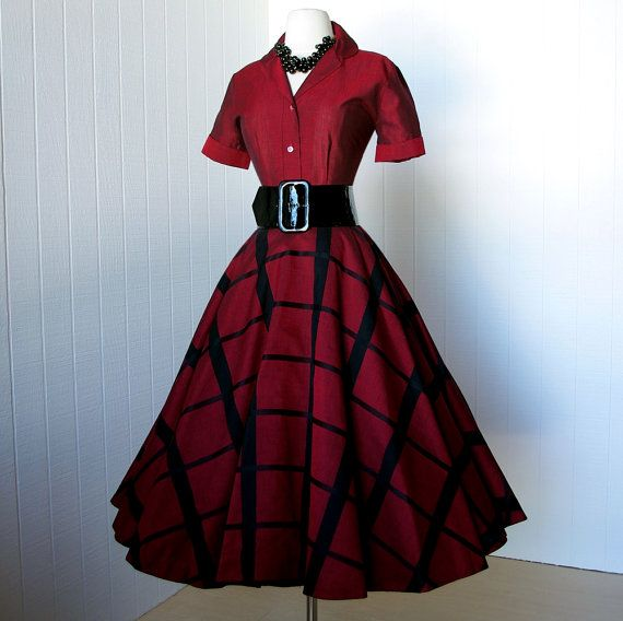 vintage 1950's dress ...gorgeous red & black LOOMTOGS 2 piece top and full  circle skirt pin-up dress