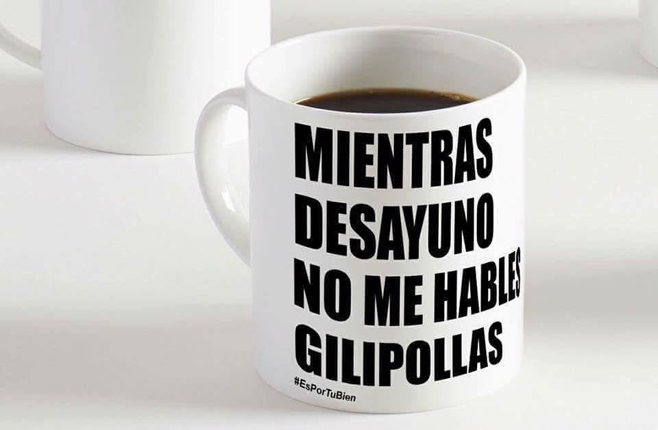 Mi taza de café! #memes #chistes #chistesmalos #imagenesgraciosas #humor http://www.megamemeces.com/memeces/imagenes-de-humor-vs-videos-divertidos